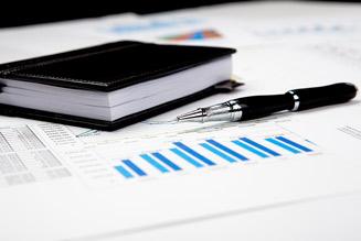 Anketa: Jakou postpandemickou rozpočtovou strategii navrhují ekonomové?